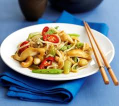 chicken and cashew nuts is a favorite dish the world over
