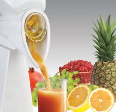 Juicing as part of a raw food diet can help you age well and remain healthy